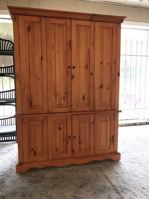 fenyő szekrény