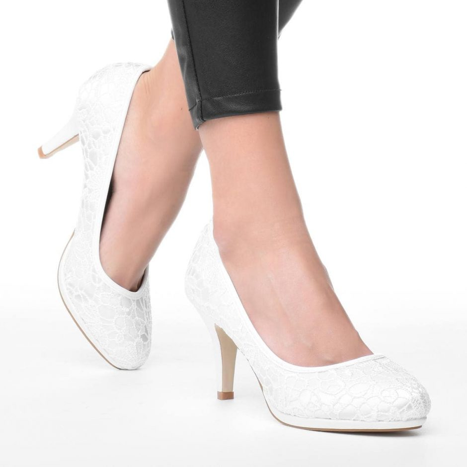 fehér alkalmi cipő