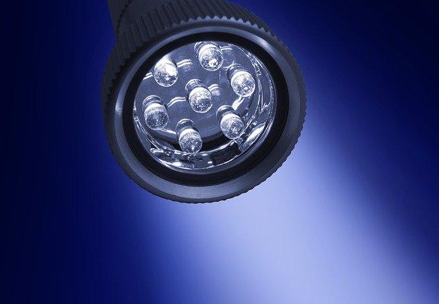 elemes asztali lámpa